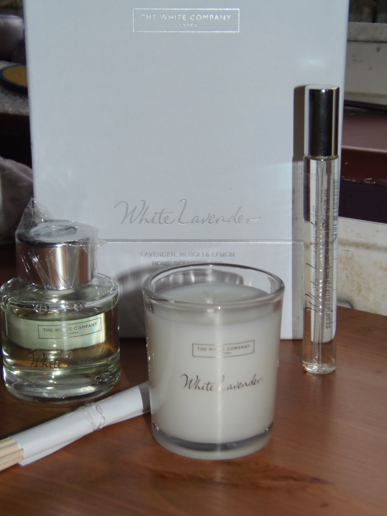 The White Company - Priced at £30 (Huge thanks to Silentnight Beds for sending me such a lovely treat!)