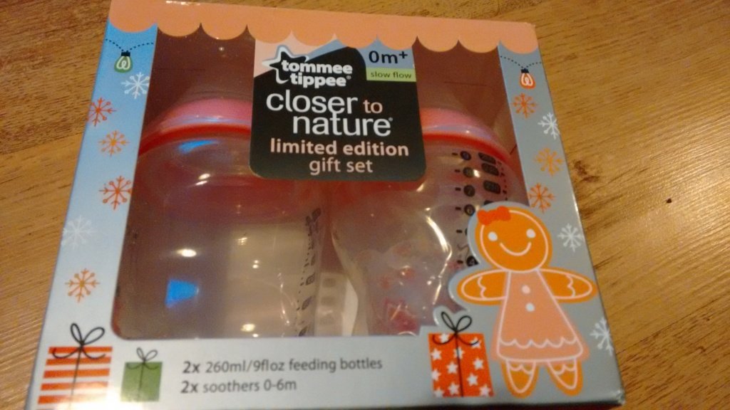 Tommee Tippee Closer to Nature Limited Edition Gingerbread Gift Set
