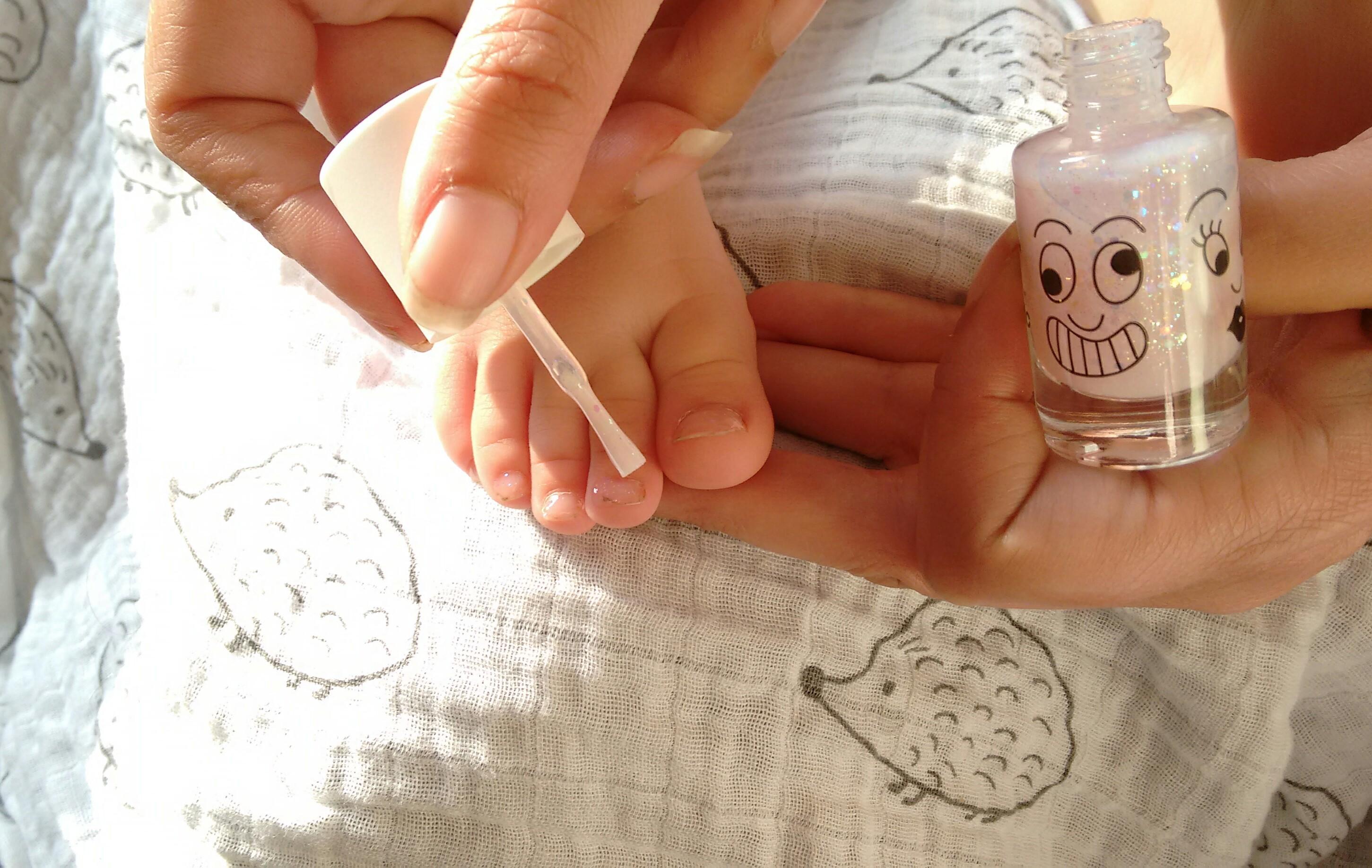 Non toxic nail varnish for kids
