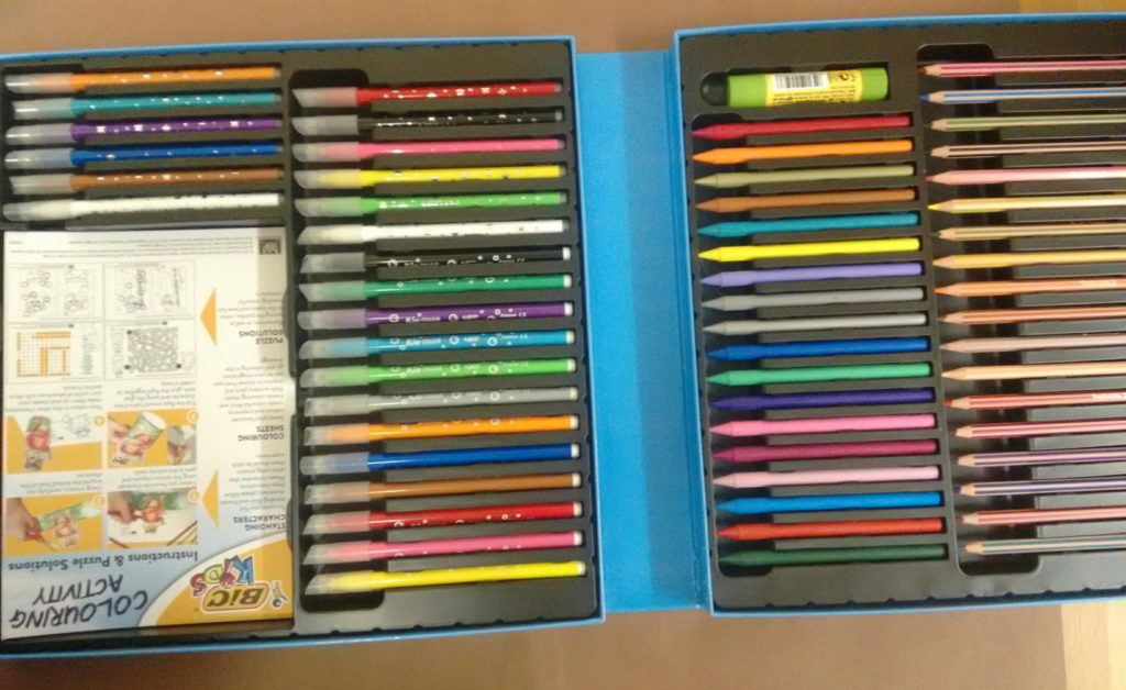 BIC Kids Colouring Activity Set contents