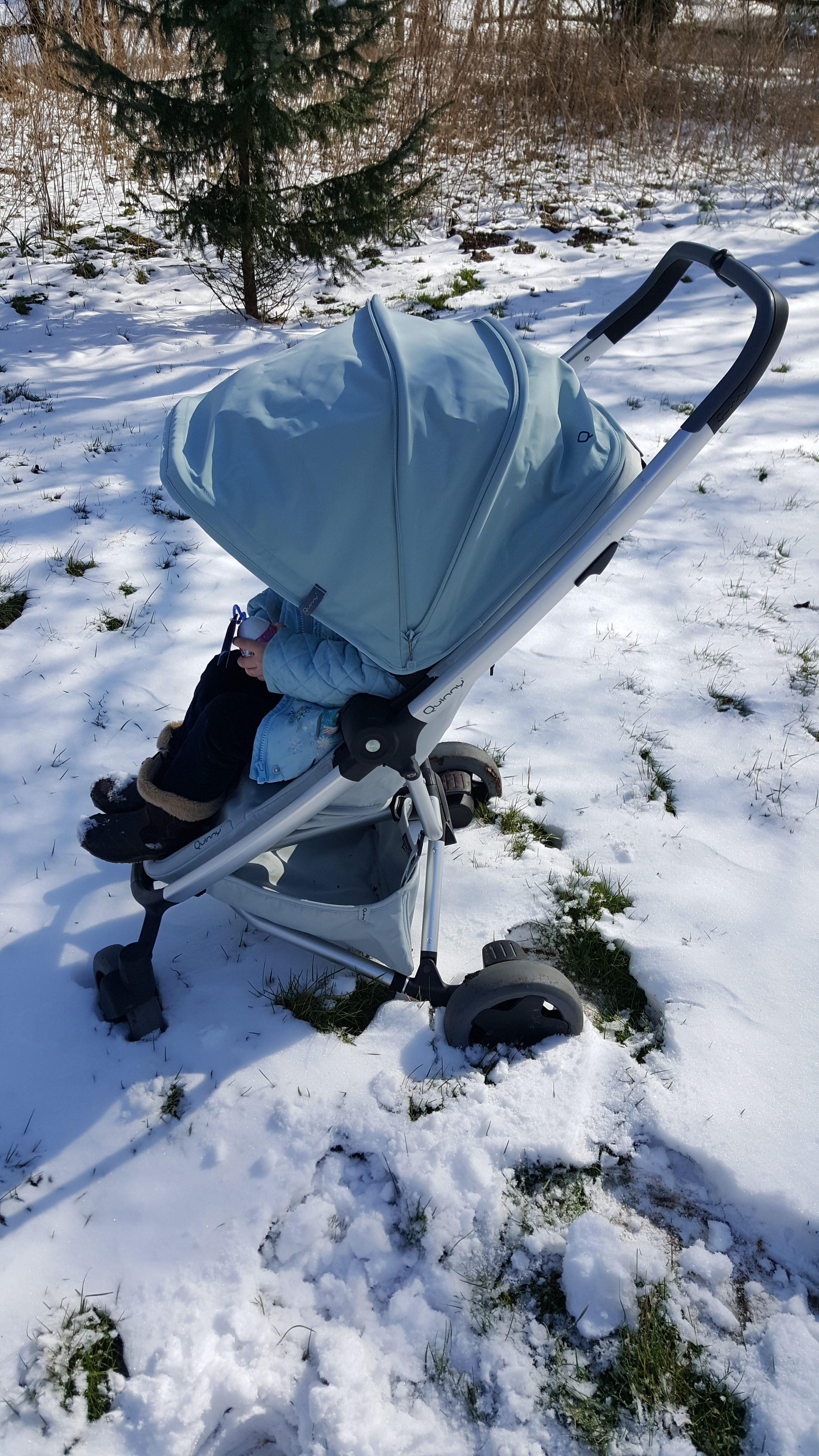 Quinny Flex Plus in the Snow